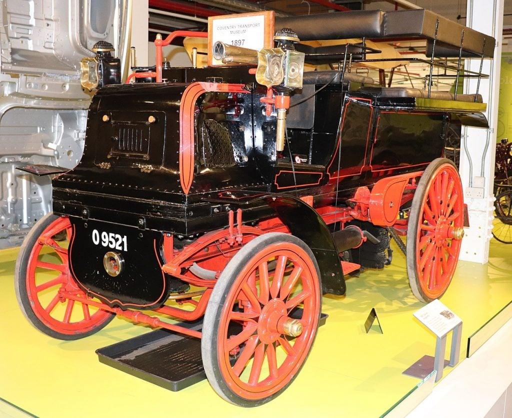 Daimler-Wagonette-najstariji-auto-na-svetu